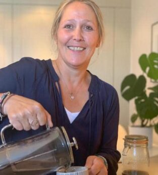 How to make coffee using a cafetière with no fuss but delicious results